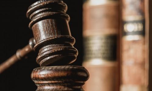 Gazdasági büntetőjogi szakjogász